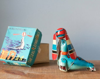 Vintage 1970s Wind Up Litho Tin Toy The Seal Playing with a Ball in Original Box | 4th July Colors