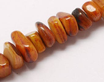 1 Brown/amber colored Pearl chips thread, pearl beads