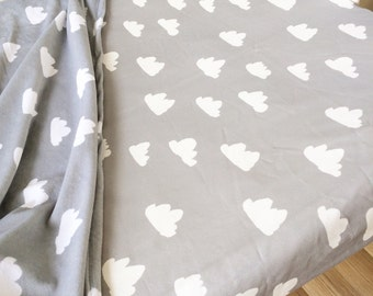 Grey with cloud modern fitted crib sheet. Fitted nursery baby sheet. Cot fitted sheets. Modern baby bedding.