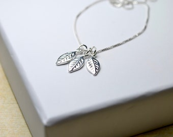 Silver Leaf Necklace, Delicate Silver Necklace, Leaf Jewelry Sterling Silver Jewelry, Womens Gift For Her, Small Leaf Necklace, Leaf Pendant