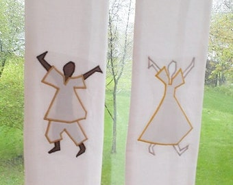 Clergy Stole - Praise Dancers in White.  Church pastors in multicultural ministry will love this liturgical art.