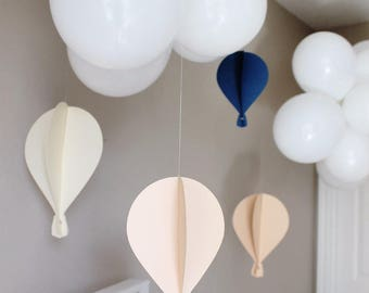 2D Floating Hot Air Balloon Set