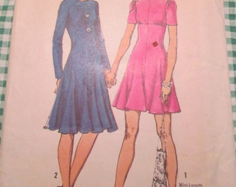 Vintage 1960s Simplicity Sewing Pattern #9963 Womens Dress Size 10