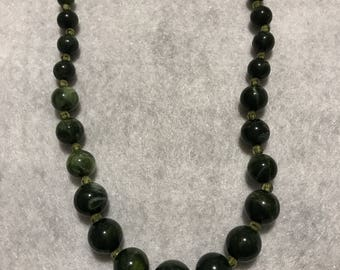 Vintage Green 'Marbled' Beaded Necklace