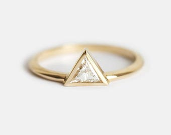 Yellow Gold Diamond Engagement Ring, Triangle Diamond Ring, Trillion Ring, Modern Diamond Ring, Modern Wedding Ring, 14k solid gold