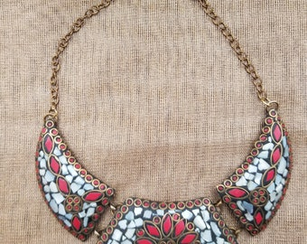 Mosaic collection - crescent necklace - red & white