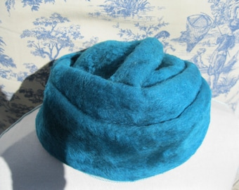 Turquoise Hat by Toby Coppock of New York 1950's