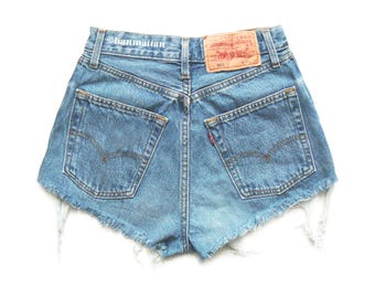 ALL SIZES Levi 501 Vintage high-waisted denim shorts