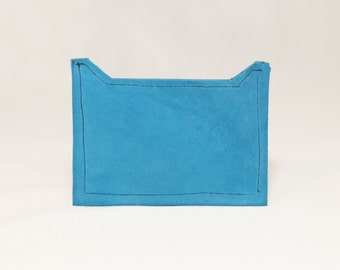 Door card in turquoise velvet lambskin