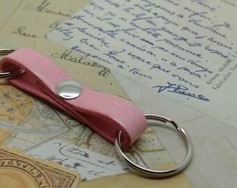Light Pink Leather Key Ring, Double Keyring, Pastel Pink Leather Key Chain,  Pink Keychain, Purse Accessory, Leather Key Holder