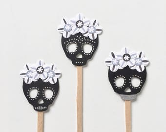Sugar Skull Cupcake Toppers - Day of the Dead Cupcake Toppers - Halloween Cupcake Toppers - Cinco de Mayo - Fiesta Wedding Cake Toppers