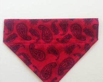 Dog Bandana Red Paisley size Med/Large