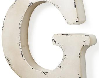 Letter G Antique ivory-colored metal 31X5X30 cm