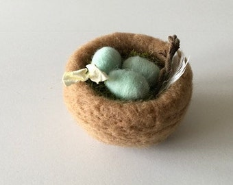 Needle Felted Bird's Nest - Tan