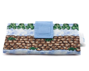Wallet with frogs for women