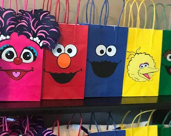 Sesame Street Birthday Party Goody Bags/Birthday Party Supplies/Ideas/Goody/ Goodie/cookie monster/Elmo/Gift/1st birthday/decorations/decor