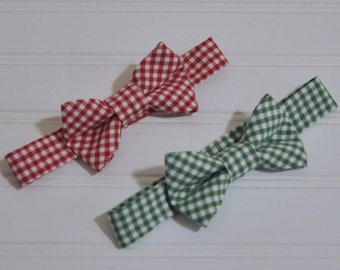 Boys Gingham Bowtie, Easter Clothes, Ring bearer outfit, many colors, Beach Weddings, Photo Prop, dedications