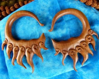 8 mm 0 Gauge Blazing Sun Wood Earrings - 8mm 0 Gauged Stretching Earrings -  Wooden 0 gauge Hand Carved  Plug Earrings -A022