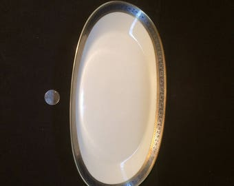 Rosenthal Fine China.Duchess 17.Gold and Silver.Oval Platter.12in x 7. 1/4in.