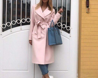 Classic women's coat