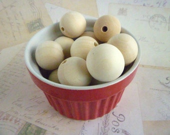 Round Wooden Beads - Natural - 25mm - Pack of 10