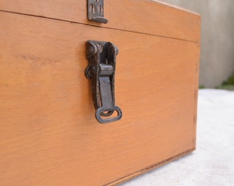 Wooden Storage Box, Vintage Wood Box, Dovetail Box with Lid, Big Craft Storage Box, Vintage Box, Rustic Wood Box, Keepsake Box