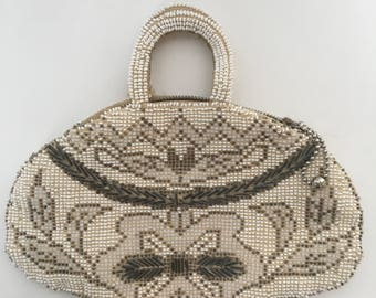 Vintage Hand Beaded Bag / Czechoslovakia / Beaded / Art Deco / Changepurse / Tiny Bag / Metal Zipper / 1930's