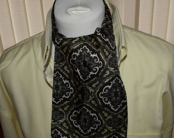 Sammy 1960's Green Patterned Cravat