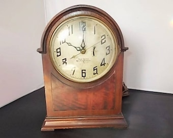 "Antique Electric Mantel Clock by New Heaven/Westinghouse ""Mentor"" Cathedral- Gothic Style"