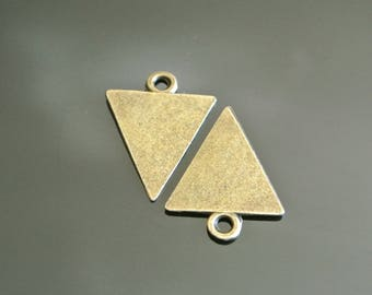 Set of 10 bronze charms shaped triangle pointing down, 23 x 18 x 1 mm ring hangs about 3 mm