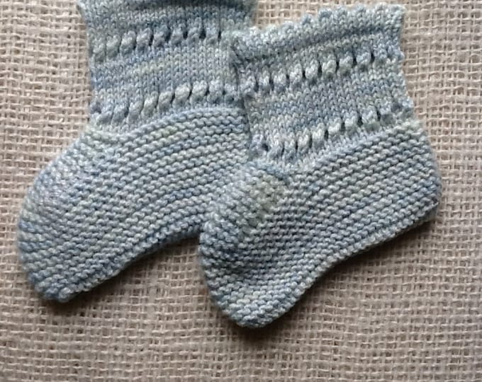 Pattern - Noemia Baby Booties to Knit