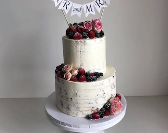 Banner Mr. & Mrs. Cake Topper, perfect for naked cake, vintage theme, shabby chic, rustic wedding, garden reception