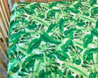 Tropical leaves crib sheet.