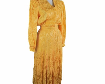 Sunset yellow silk dress with pleated skirting, Size 4