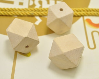 30mm Large Geometric Faceted Cube Wooden Beads 6pcs Natural Polyhedron wooden bead Unfinished Unpainted Wood Beads for Crafts Jewelry