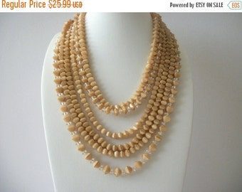 ON SALE Vintage 1960s Chunky Caramel Clear Glass Necklace 8716