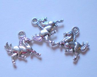 Set of 3 horses majestic color silver 20 mm