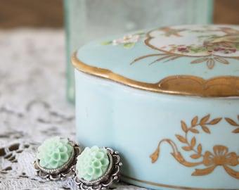Romantic Earrings - Bridesmaids Flower Earrings - Earrings for a Girlfriend - Green Earrings - Flower Earrings - Post Earrings