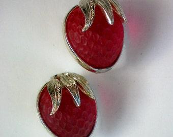 Sarah Coventry Strawberry Festival Clip Earrings - 4084
