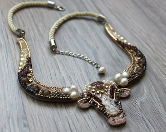 The White Buffalo-necklaces handmade from stones, pearls and beads