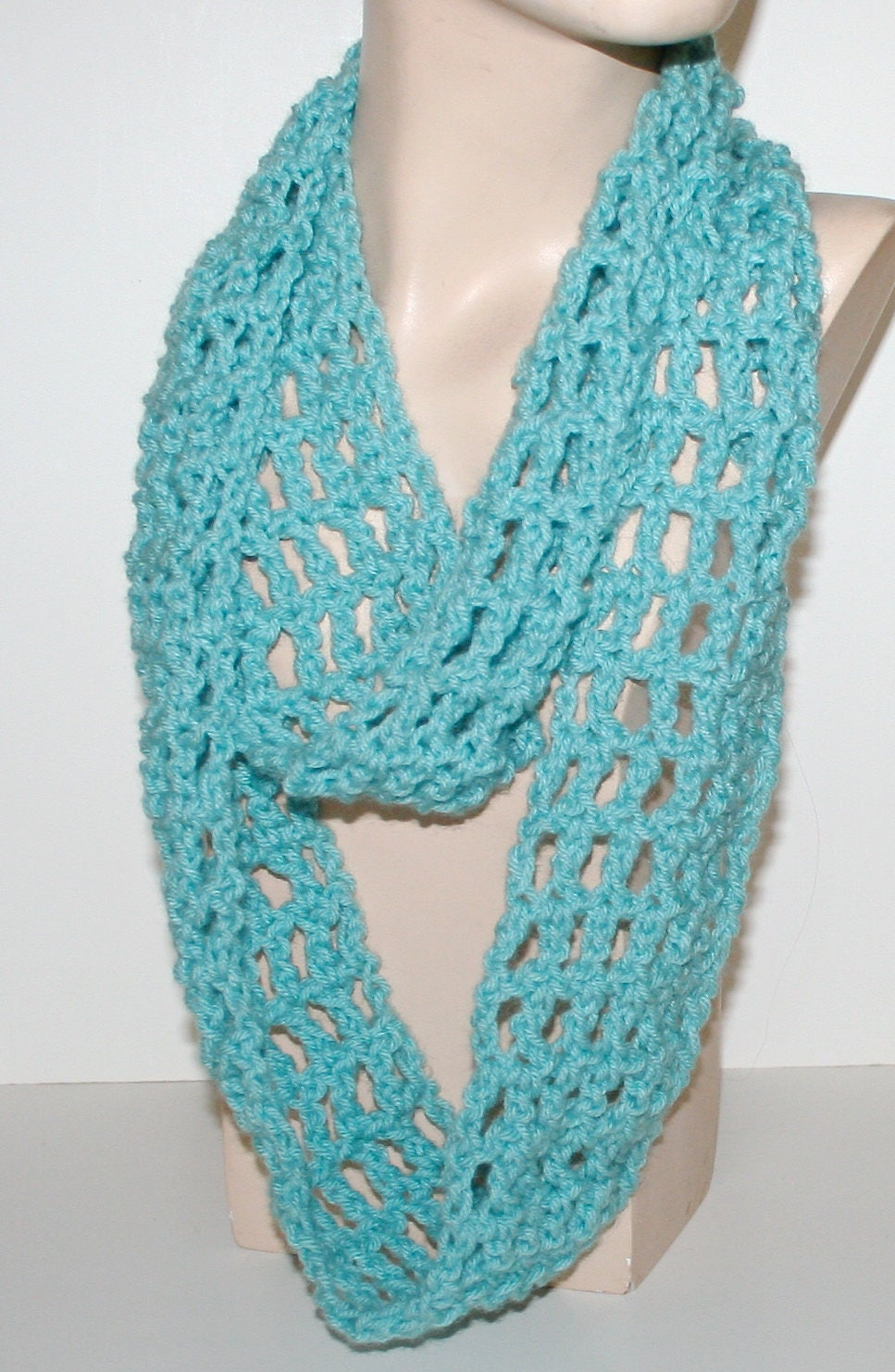 Crochet scarf pattern easy tutorial light airy infinity long zoom baditri Images