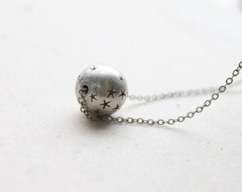 Vintage style silver ball necklace - S2139