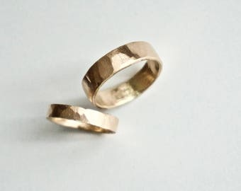 Gold Wedding Band Set - Two Hammered 14k Gold Rings - His and Hers Flat Hammer Rings - Yellow Gold  - Men's Ring - Women's Ring - Unisex