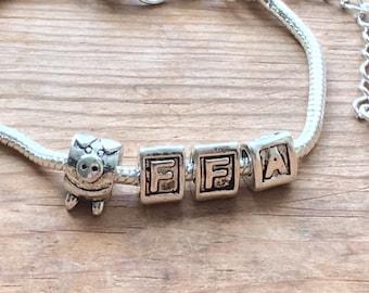 FFA Show Pig Bracelet, FFA Jewelry, Pig Lover, Show Pig, Pig Jewelry, Pig Gift, Farm Girl, Livestock Show, Stock Show, 4-H, Show Animals