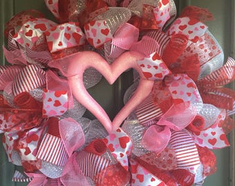 Valentine's Day, Lots of Love Pink Wreath (XL Wreath)