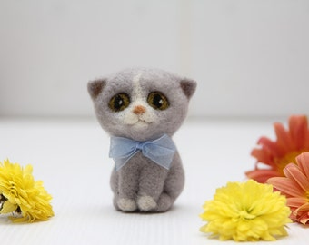 Custom cats portrait Grey cat miniature figurine cute animals, soft wool eco friendly gift for cat lovers