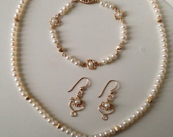 Gold Filled and Freshwater Pearl Wedding / Bridal Necklace Bracelet and Earring Jewellery Set