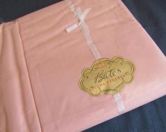 """BATES Sheet & Pillowcase Set UNUSED Vintage 1960s Cotton Comb Percale 73x104"""" Flat Sheet Set Original Label Peach Plus 2 Pillowcases"""