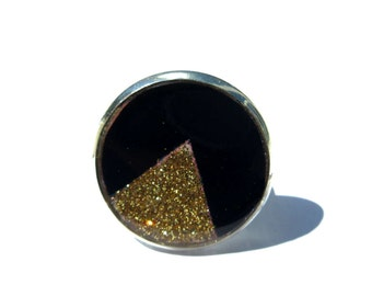 TRIANGLE RING - GEOMETRIC ring - geometric jewelry - Black and Gold - golden Glitter - Glitter Ring - triangle jewelry - Adjustable ring