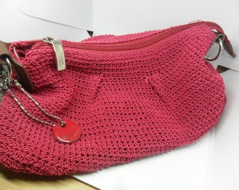 Latest Trend Special straw bag for that special gift or special holiday trip